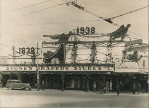 Stone's Drapery Store, Ballarat, fully decorated for the Centenary of Ballarat 1838-1938 Image: Stone Collection (82.1109)