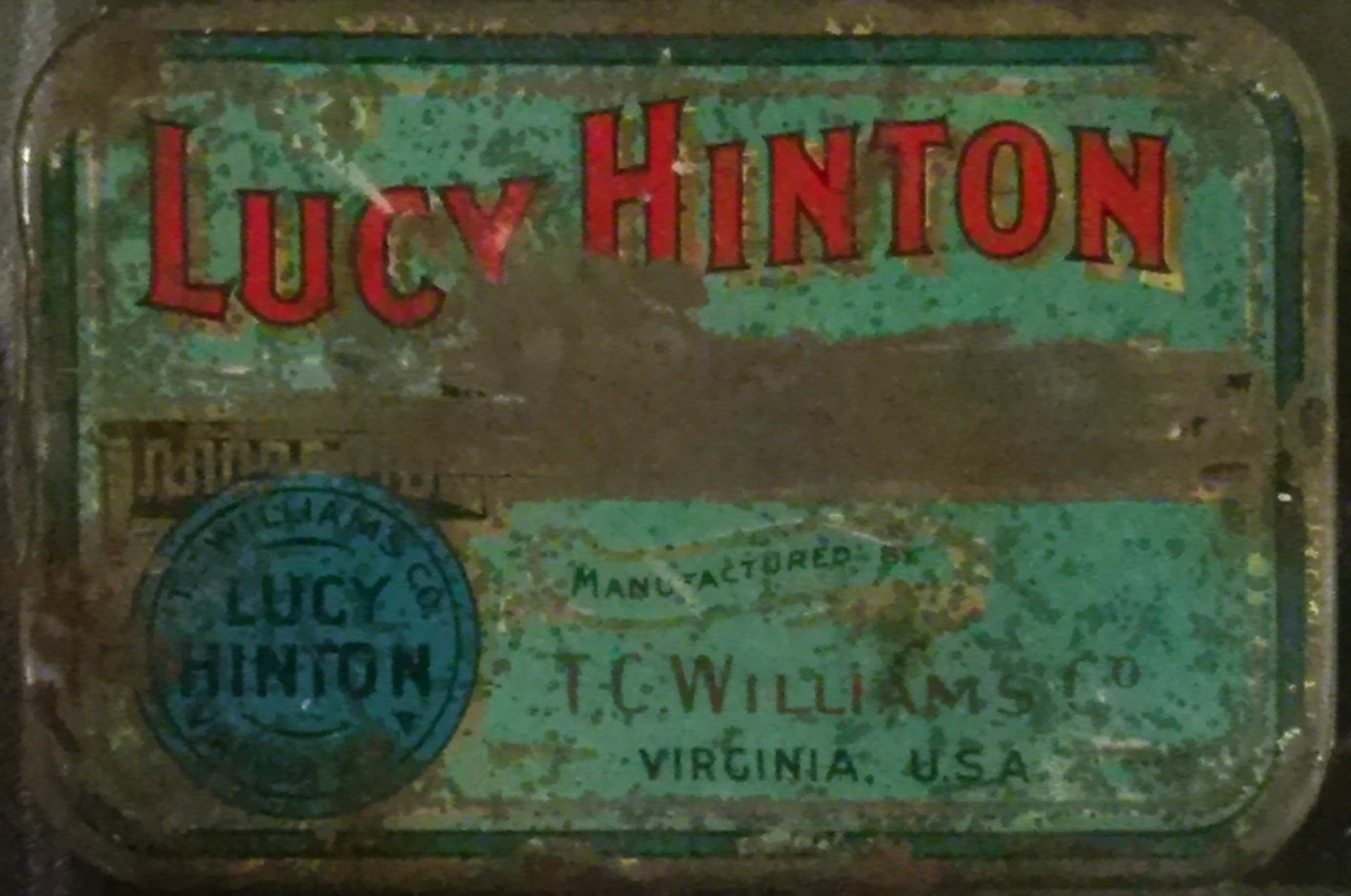 Cigarette tin belonging to Roy Victor Holloway (Gold Museum collection, 84.0762)