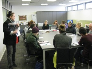 Annette Chapell leads a creative writing workshop with students at the Gold Museum (Photo: Snjez Cosic)